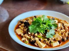 干椎茸の旨味!四川麻婆豆腐
