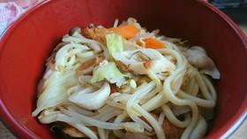 インスタントのスープで、簡単チャンポン麺
