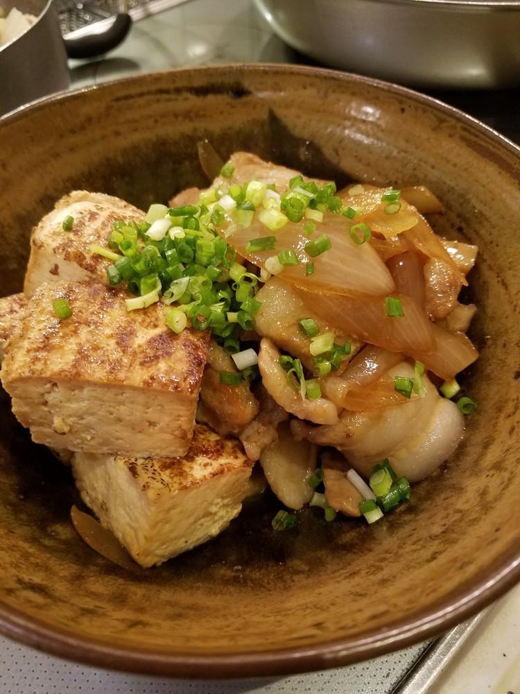 超簡単!すき焼きのタレで豚バラ肉豆腐