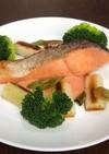 鮭と白ねぎの蒸し焼き