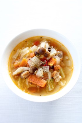 野菜たっぷり♪我が家の【燃焼スープ】