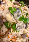 麺つゆで簡単★牡蠣とホタテの炊き込みご飯