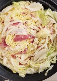 白菜・豚肉・餃子の皮のミルフィーユ鍋