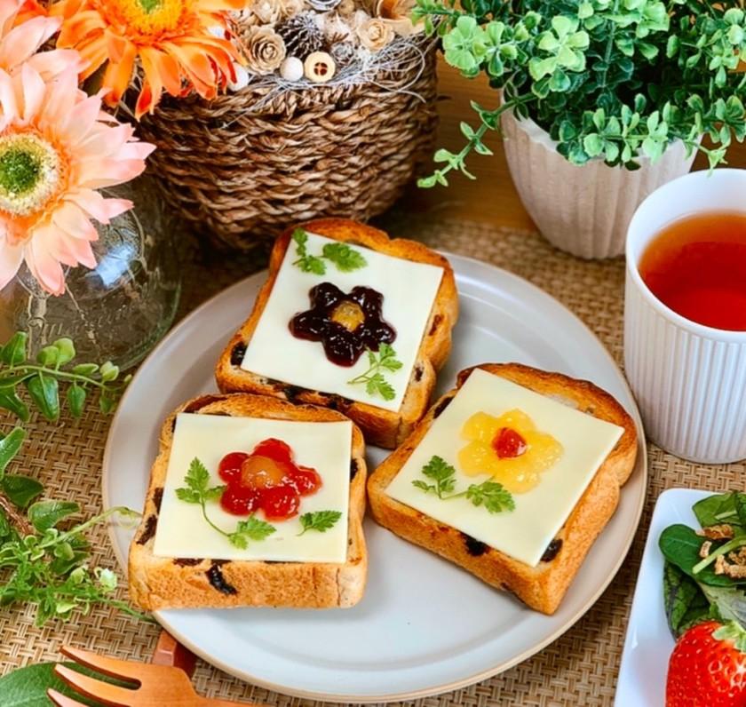 *お花トースト*