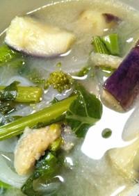 菜の花と新玉ねぎと茄子の味噌汁