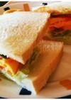 オムレツ&明太マヨのサンドイッチ