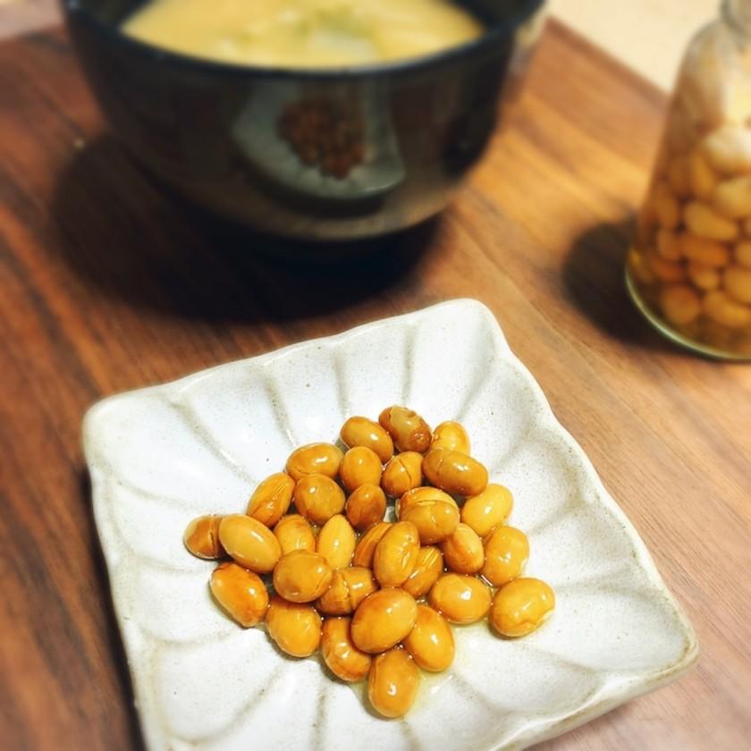 漬けるだけ!旨味たっぷり柿酢で作る酢大豆