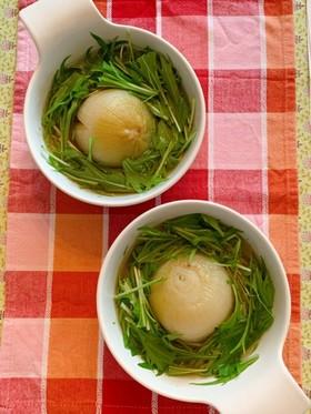 丸ごと玉ねぎと水菜の和風スープ