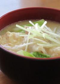 豚バラ肉と白菜と大根のとろろ粕汁