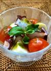 蛸・トマト・チーズでカクテル風カプレーゼ