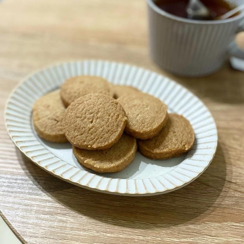 ほろ苦さがおいしい、シナモンクッキー