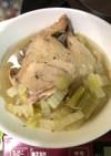 炊飯器で簡単!丸鶏と白菜のスープ