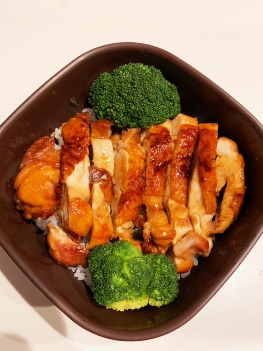 ★丼弁当★鶏の照り焼き丼