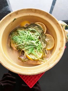 鳥手羽元と水菜の塩レモン煮