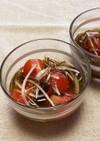 味付けもずくで♪玉ねぎ・トマトの酢の物