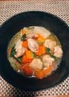 蕪と鶏肉と人参のあっさり煮物