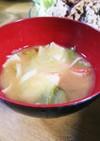簡単☆レタスとカニかまのお味噌汁