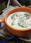 ブロッコリーとウインナーと牛乳のスープ
