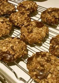ヴィーガンチョコチップオーツクッキー
