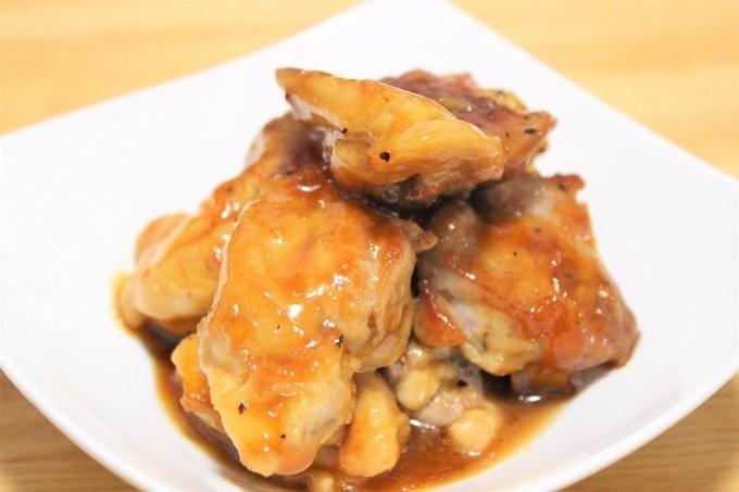 余ったジャムを活用!鶏肉のマーマレード煮