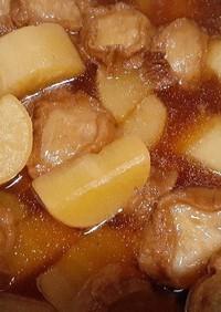 大根とあぶら麩(仙台麩)の煮物