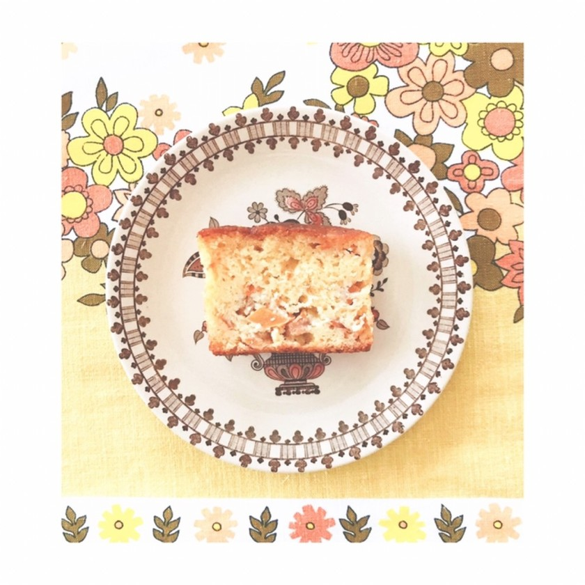 素材を生かした柿のパウンドケーキ
