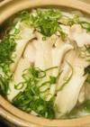 鶏肉とキノコの煮込みうどん鍋