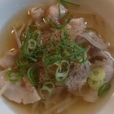 豚バラともやしのスープ☆