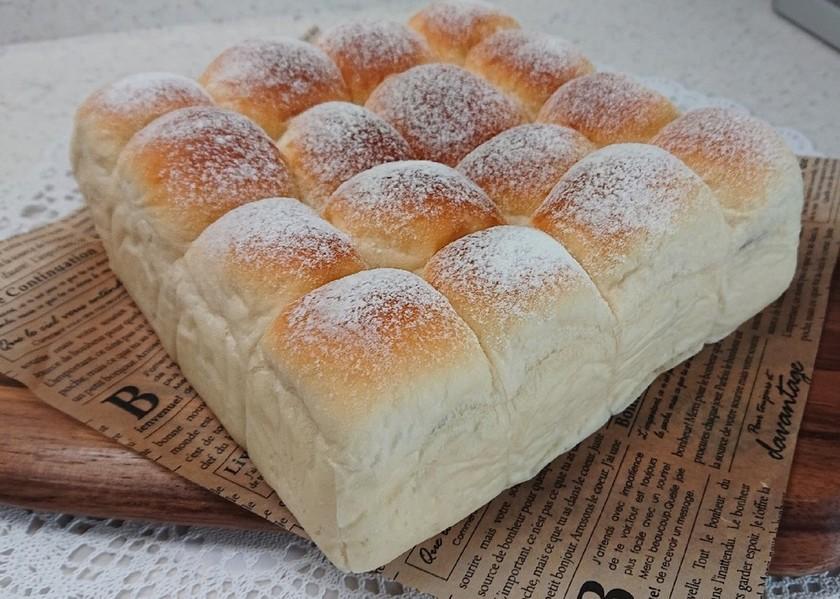 フワフワのちぎりパン