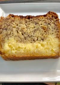 クリームチーズフィリングのバナナケーキ