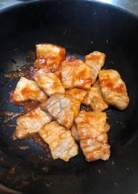 簡単豚バラ肉のケチャップ炒め