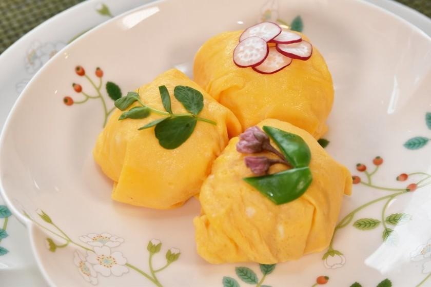 春野菜入り薄焼き卵の手毬寿司