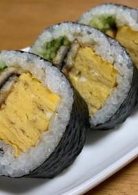 穴子(鰻)と胡瓜と卵焼きde海苔巻き♡