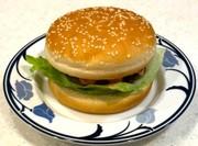 腎臓内科医考案減塩醤油糀ハンバーガーの写真