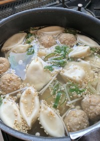 簡単!業務スーの水餃子&肉団子野菜スープ