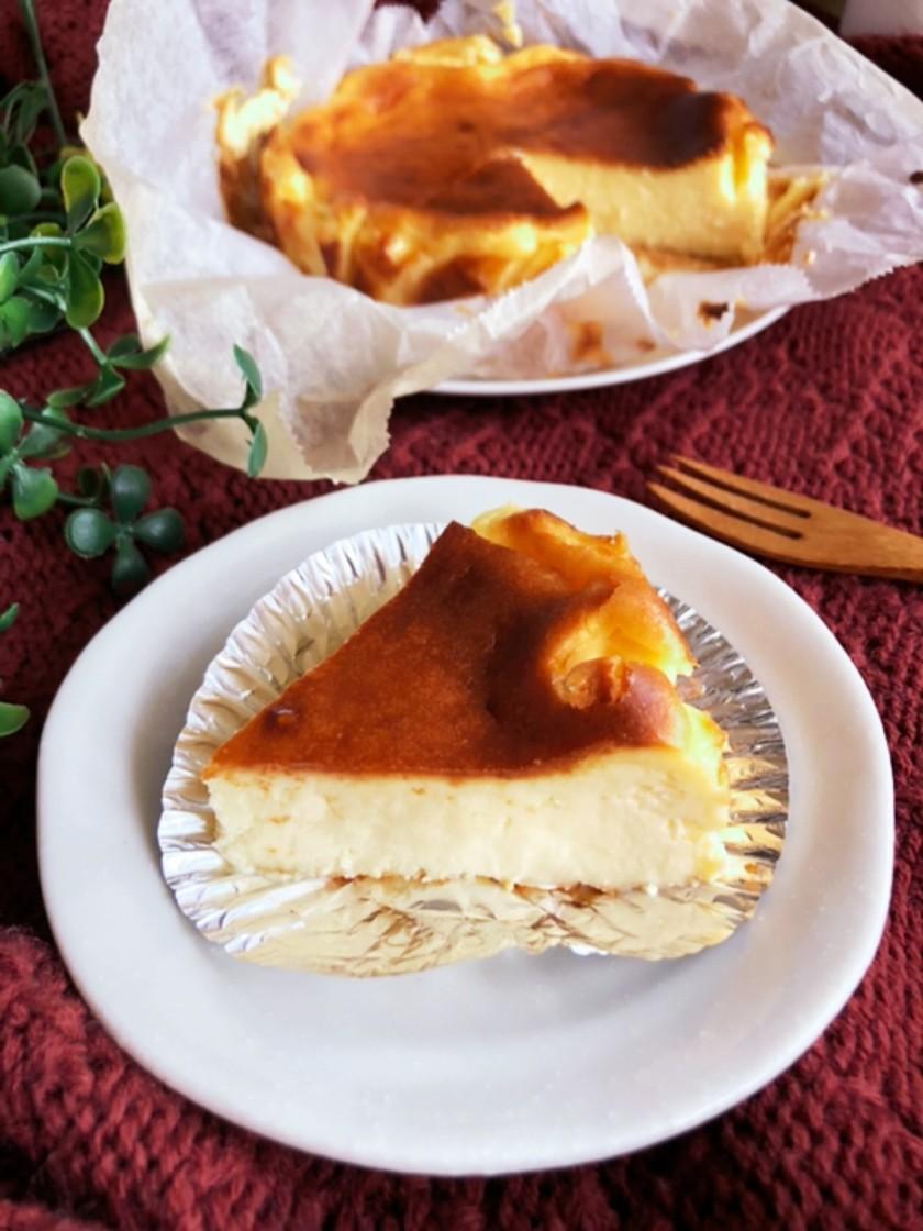 簡単すぎる♡ヨーグルトバスクチーズケーキ