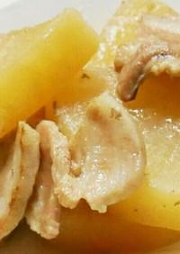 大根と豚バラ肉の煮物