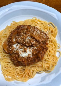 手作りミートソースのスパゲティ