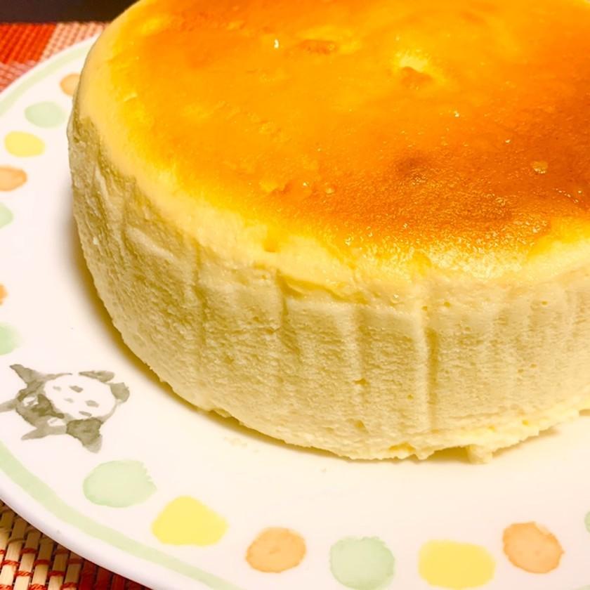 ヨーグルトでジュワッとチーズスフレケーキ
