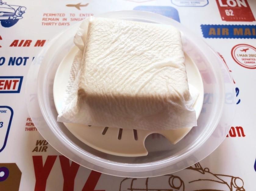 100円グッズで簡単!豆腐の水切り