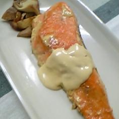 鮭のムニエル★レモンバターソース