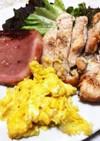 厚切りハムと鶏胸肉のプレート