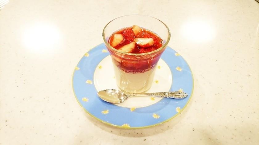 軽くてあっさり☆ミルクプリン☆苺ソース