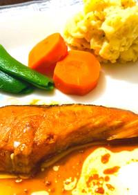 家族が喜ぶ豪華♡鮭ステーキ