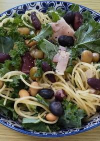 カリーノケールとサラダ豆のパスタ