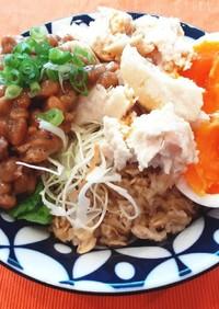 簡単♡サラダチキンと納豆のオートミール丼