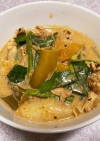 豚肉のキムチ豆乳スープ
