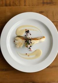 ベトナミーズフレンチ風白身魚のポワレ