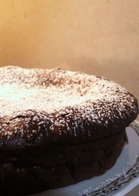 【簡単・贅沢】濃厚しっとりガトーショコラ