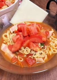 簡単トマトチーズラーメン